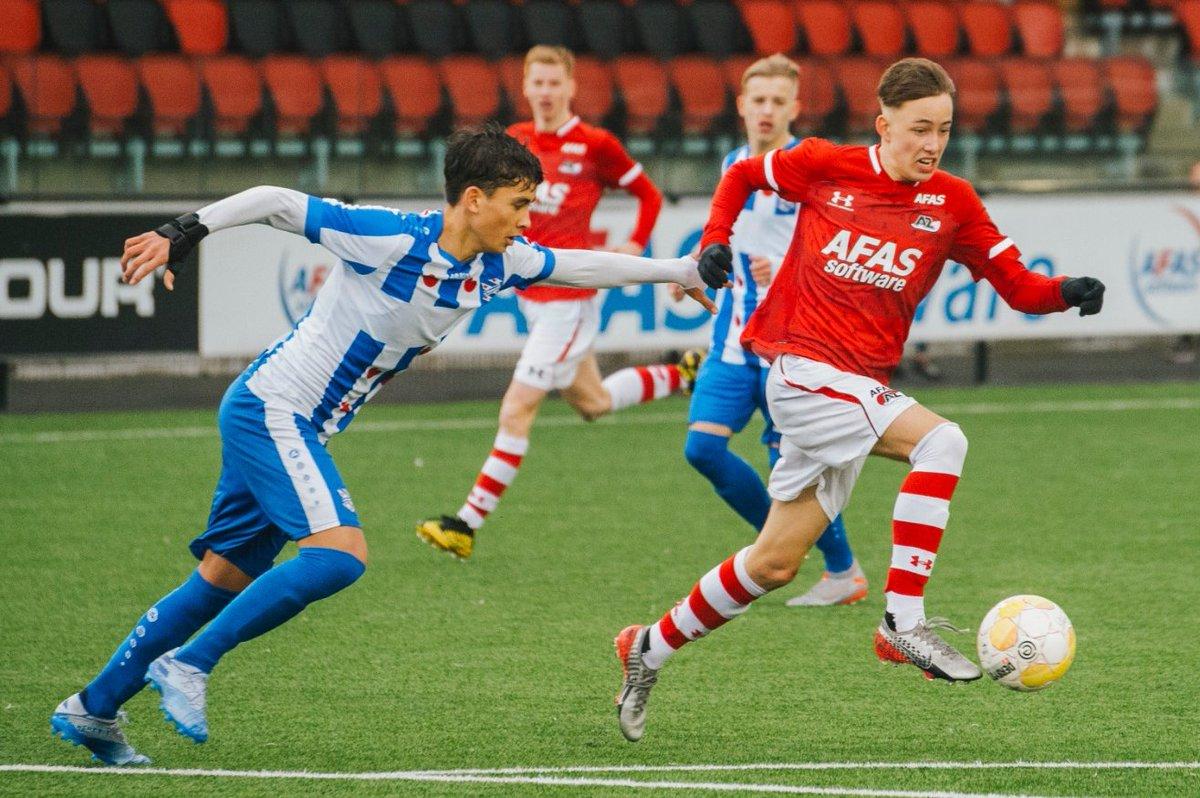 👊 Full-time  ⚽️ 18. Koster 1-0 ⚽️ 43. Van Brederode 2-0 ⚽️ 51. Van Brederode 3-0 ⚽️ 55. Van Brederode 4-0  #AZO17 #azhee