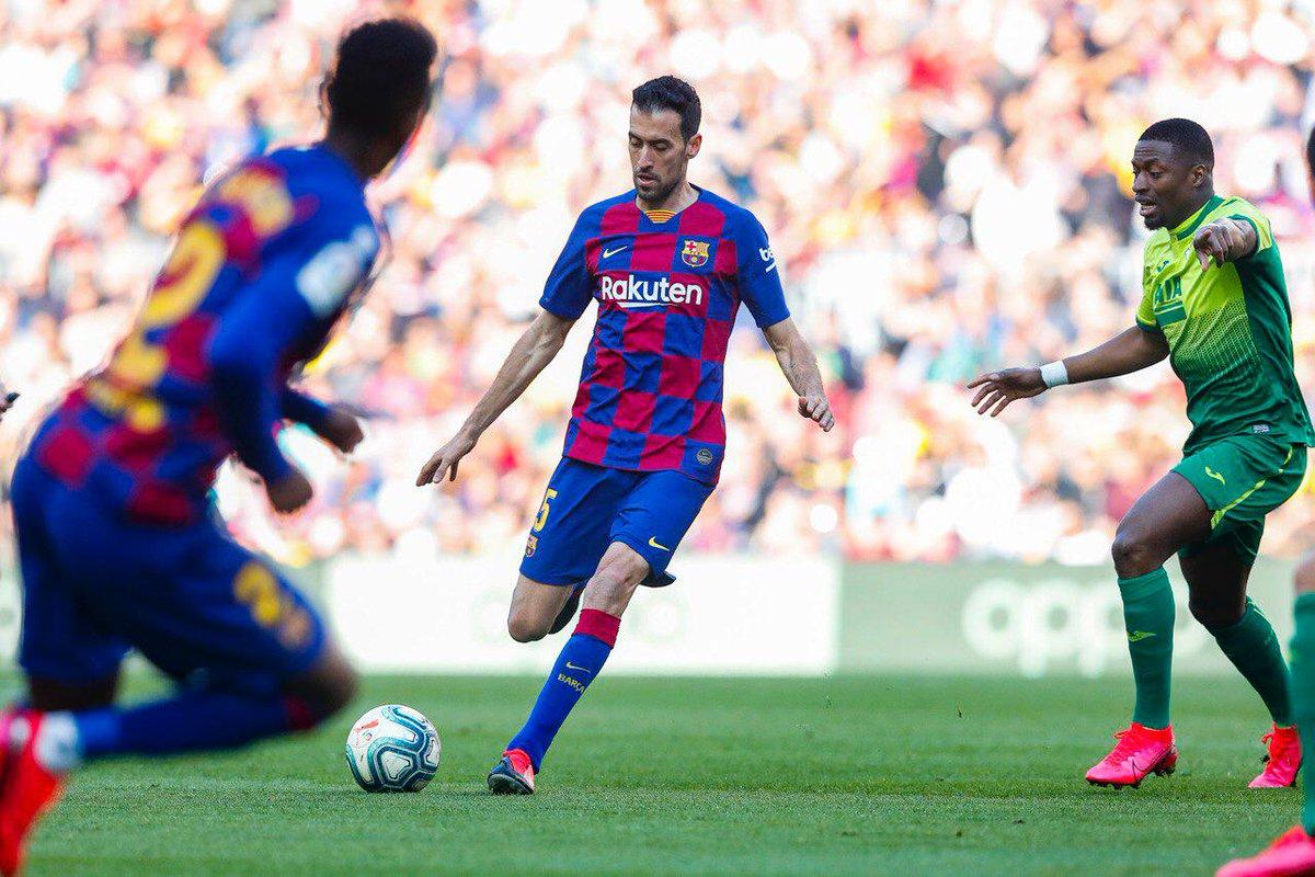 🔄 60' Substituição no Barça.   ⬆️ @DeJongFrenkie21  ⬇️ @5sergiob   🔵🔴 #BarçaEibar 3️⃣-0️⃣