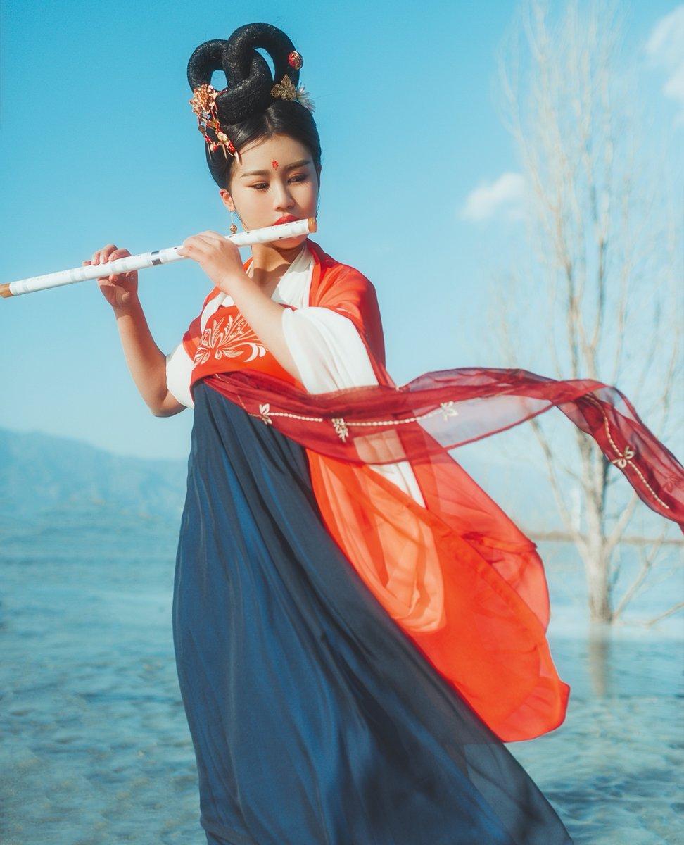 #hanfu #hanfugirl #asia #lifestyle #cosplay #model #gril #nature #beautiful #photography #traditional #fairy #beauty #cosplayer #fantasy #china #chinagirl #chinastyle #chinese  #chinesedress  #chinesegirl #chinesehistory #chinesestyle #cosplaychina #cosplayhanfu #cotrang #汉服