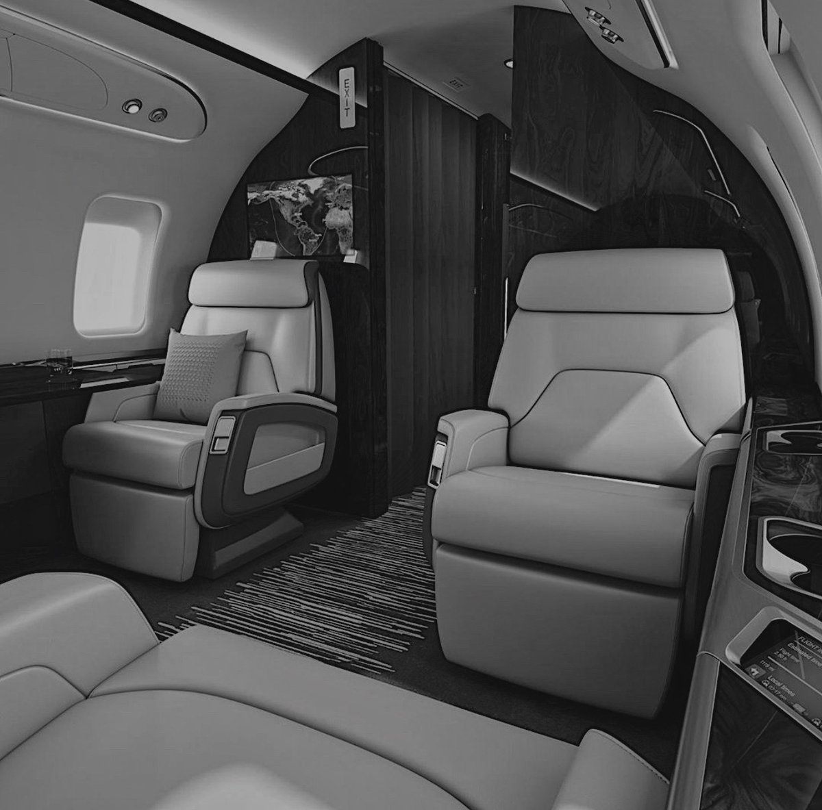 Fly with no regrets. Fly with FlyBLACK. . . . . . #vacation #privatecharter #travel #takeoffpic.twitter.com/ToV2tJIg36