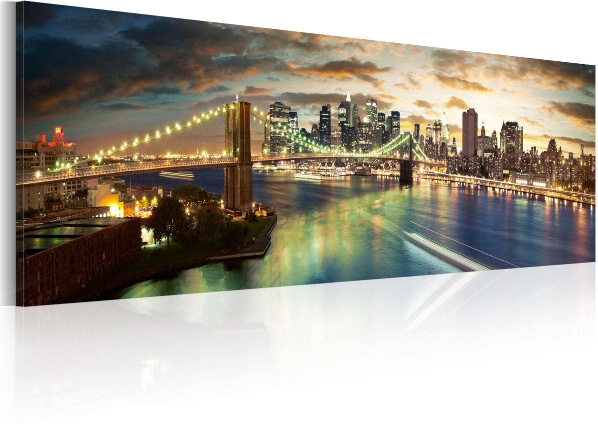 Tableau THE EAST RIVER AT NIGHT  #New York #mobilier #deco #design #Artgeist #architecture, urbain, ville sur  https://www.recollection.fr/tableaux-villes-new-york/8971-tableau-the-east-river-at-night-3664551028639…pic.twitter.com/HvGphFAOrz