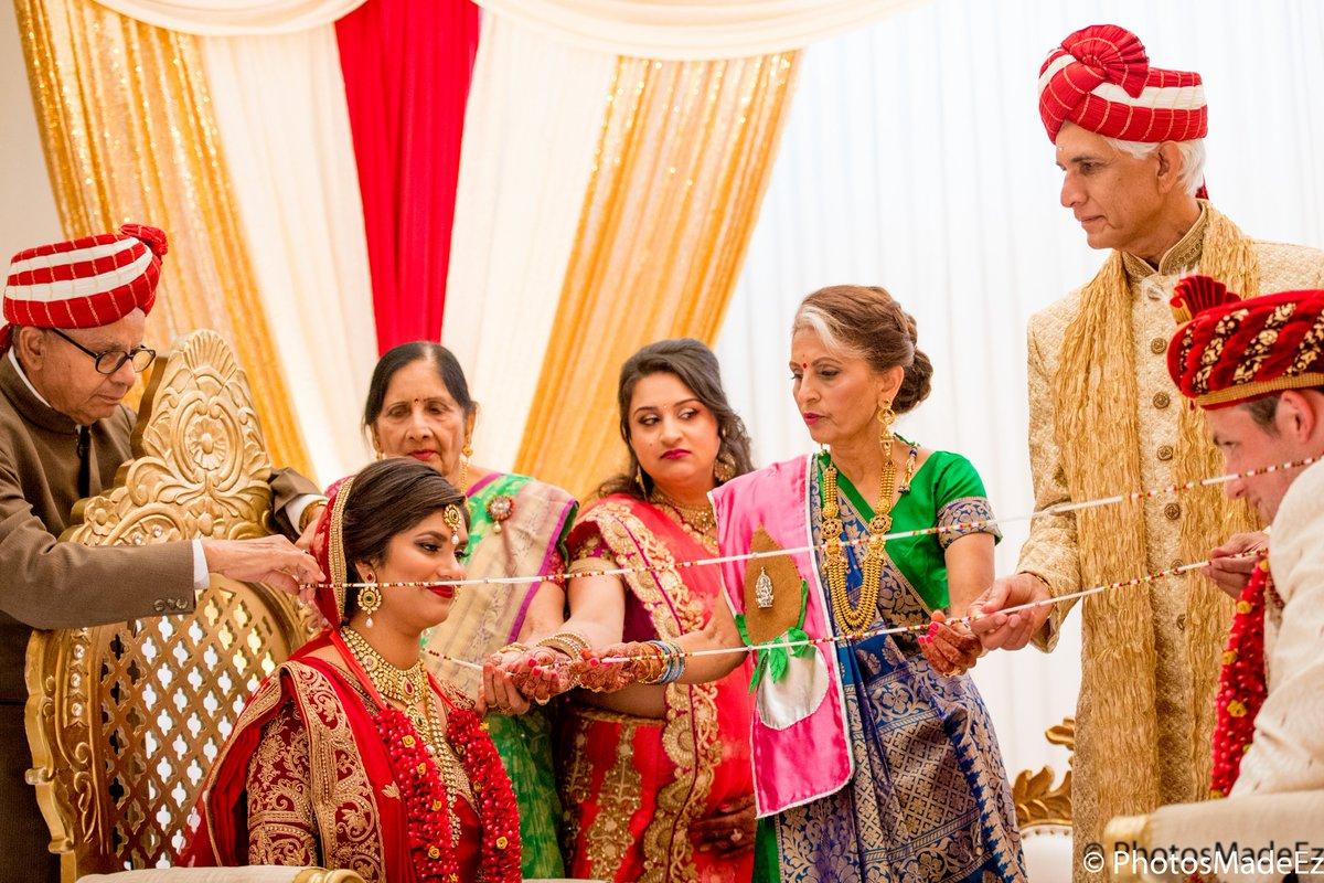 #brideandgroom #femalephotographersrock #maharaniweddings #engaged #weddingday #njwedding #desi #weddingportrait #magnetmod #weddingphotography #njweddingphotographer #weddingdayfamily #happytears #indianweddinginnewjsery #weddingceremony #southasianweddings #maharaniweddingspic.twitter.com/hkI17b328e