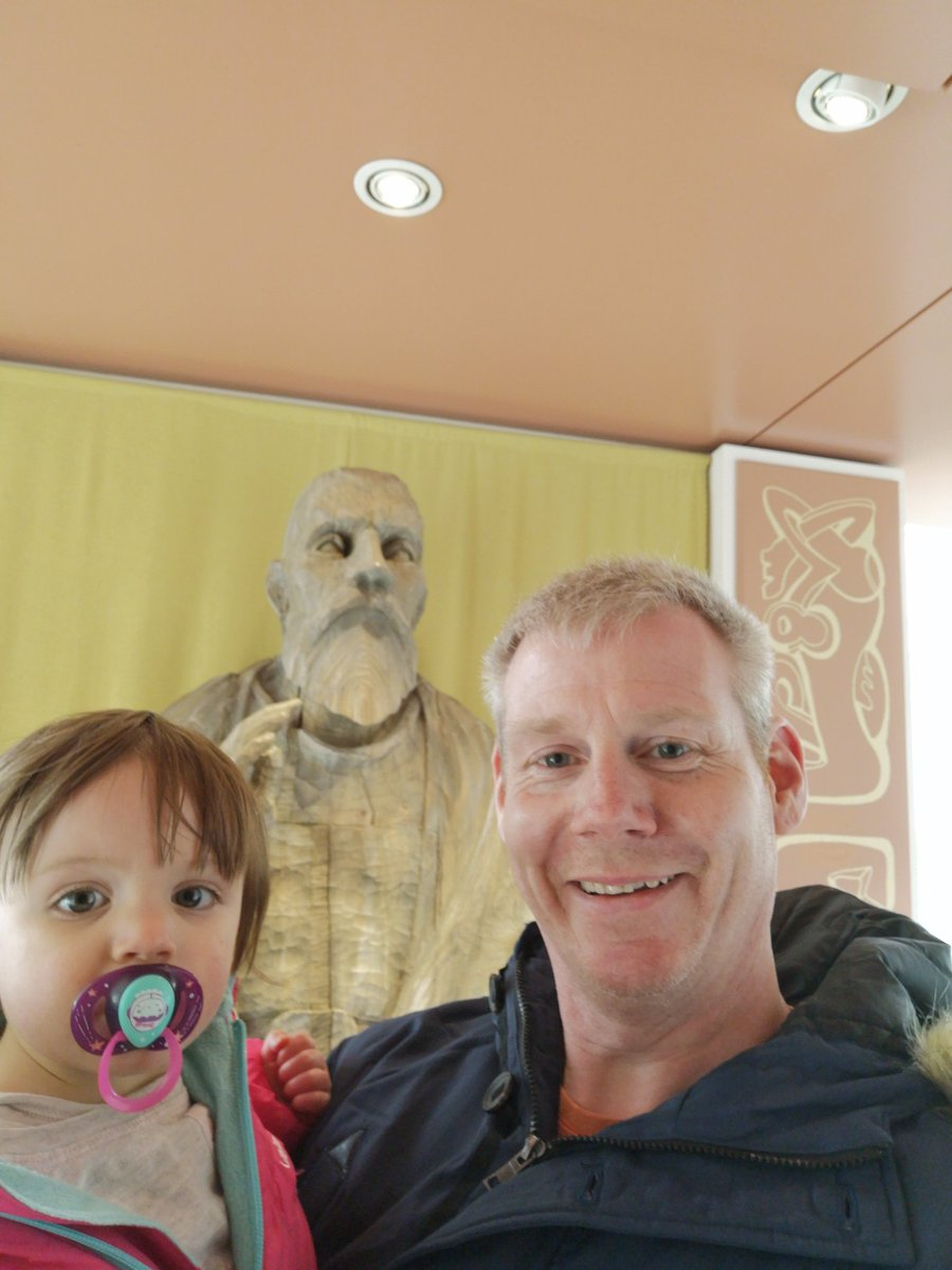 A lovely day, 10 miles of #running then an afternoon with Zoey-Ellen, my wonderful niece at @JarrowHall, getting her up to speed on the Venerable #Bede, increasing her #wisdom ❤️  #SaturdayMotivation #familytime #history #heritage #learning #selfie #ukrunchat #runthroughuk