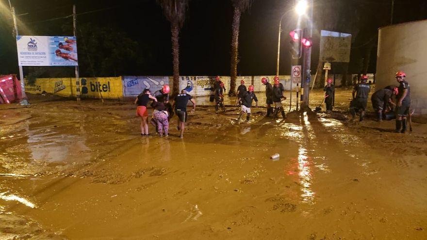 Por lo menos 4 muertos por lluvias en el sur de Perú #inundaciones https://lagazzettadf.com/noticia/2020/02/22/por-lo-menos-4-muertos-por-lluvias-en-el-sur-de-peru/…