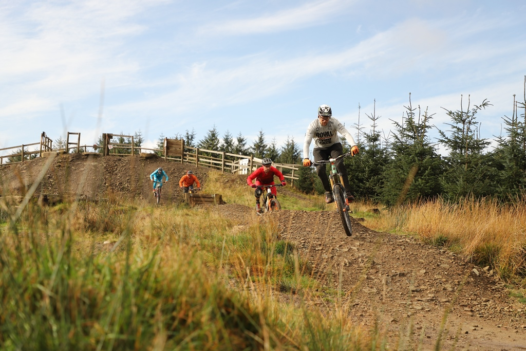 The legends are coming. @BikeParkWales releases it's Legends edit on Monday where Messrs Warner, Peaty, Will and Page schralp and swear a lot and ride some trails.  Sneak preview here http://www.mbwales.com/2020/02/22/bikeparkwaleslegends/… #BikeParkWales #BikePark #Legendspic.twitter.com/1Rs8SfkQlR
