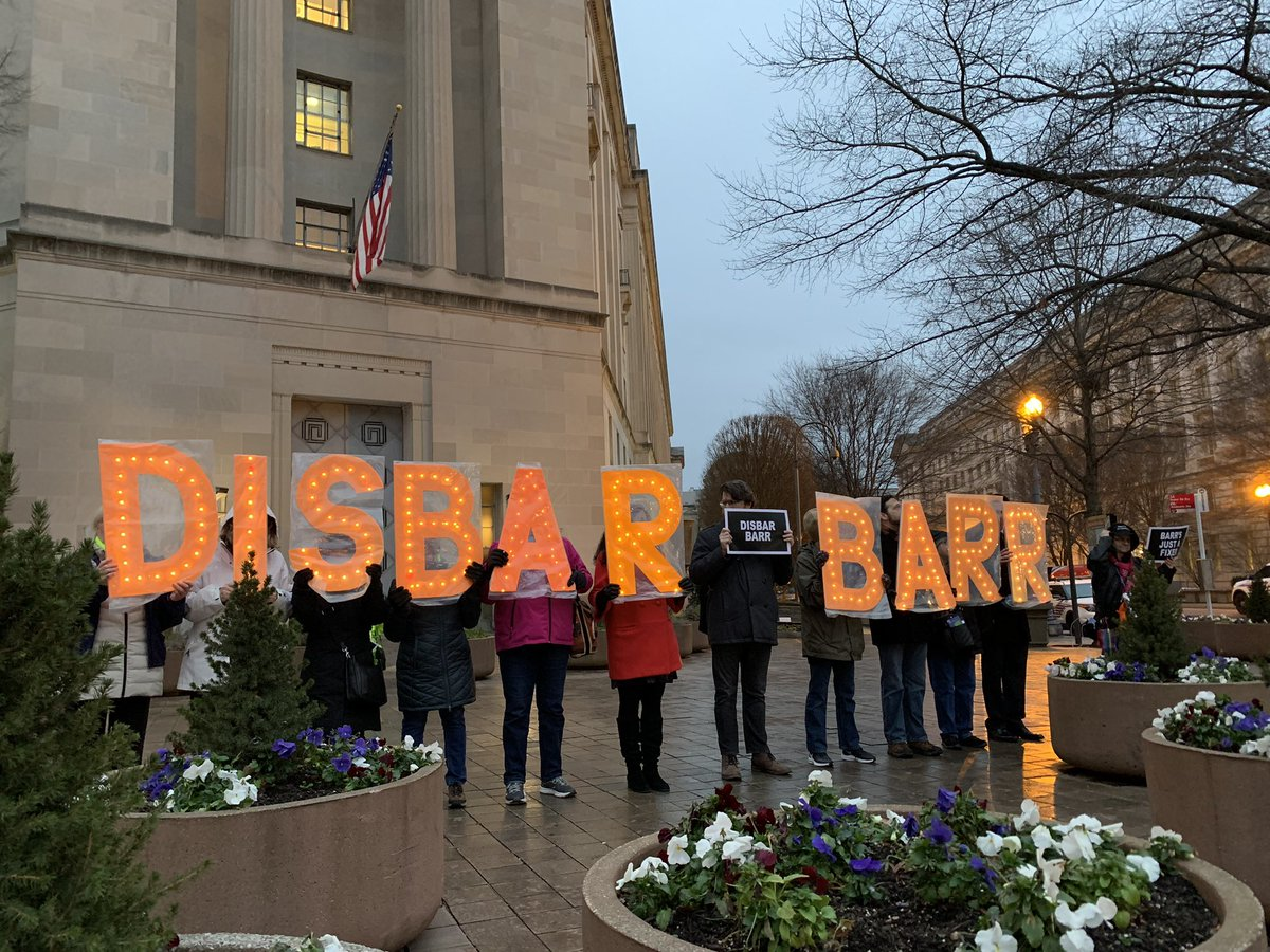 @matthewamiller We've been protesting at DOJ. Saying #ResignBarr and #DisbarBarr!