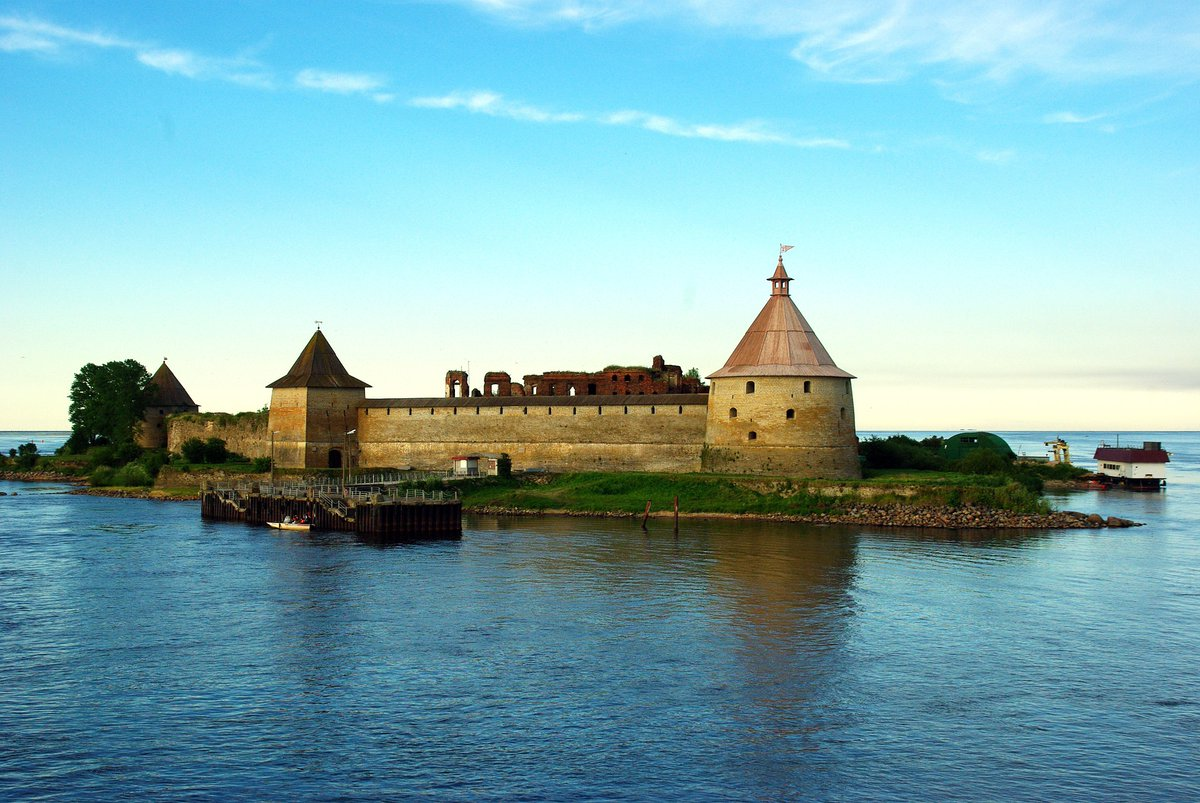 Lake Ladoga Fortress! Located just 50 km from Saint Petersburg Magnificent view and Landscape Russia I wish you a pleasant weekend my dear friends <br>http://pic.twitter.com/aPxsOBbnhm