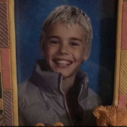 happy birthday to my favorite person! #HappyBirthdayJustinBieber https://t.co/ga1oa1Lio8