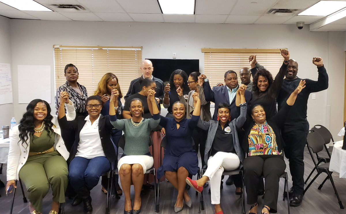The #HaitianAmerican community is not quite yet where it could be, but we are on our way. Let's go! ✊🏾 Thanks for coordinating it, Dr. Arnold. 👏🏾 #TeamDotie telling you all that #diversity & #representationmatters #haiti #lunionfaitlaforce #lunionsuite #NatifNatal #HaitiansVote