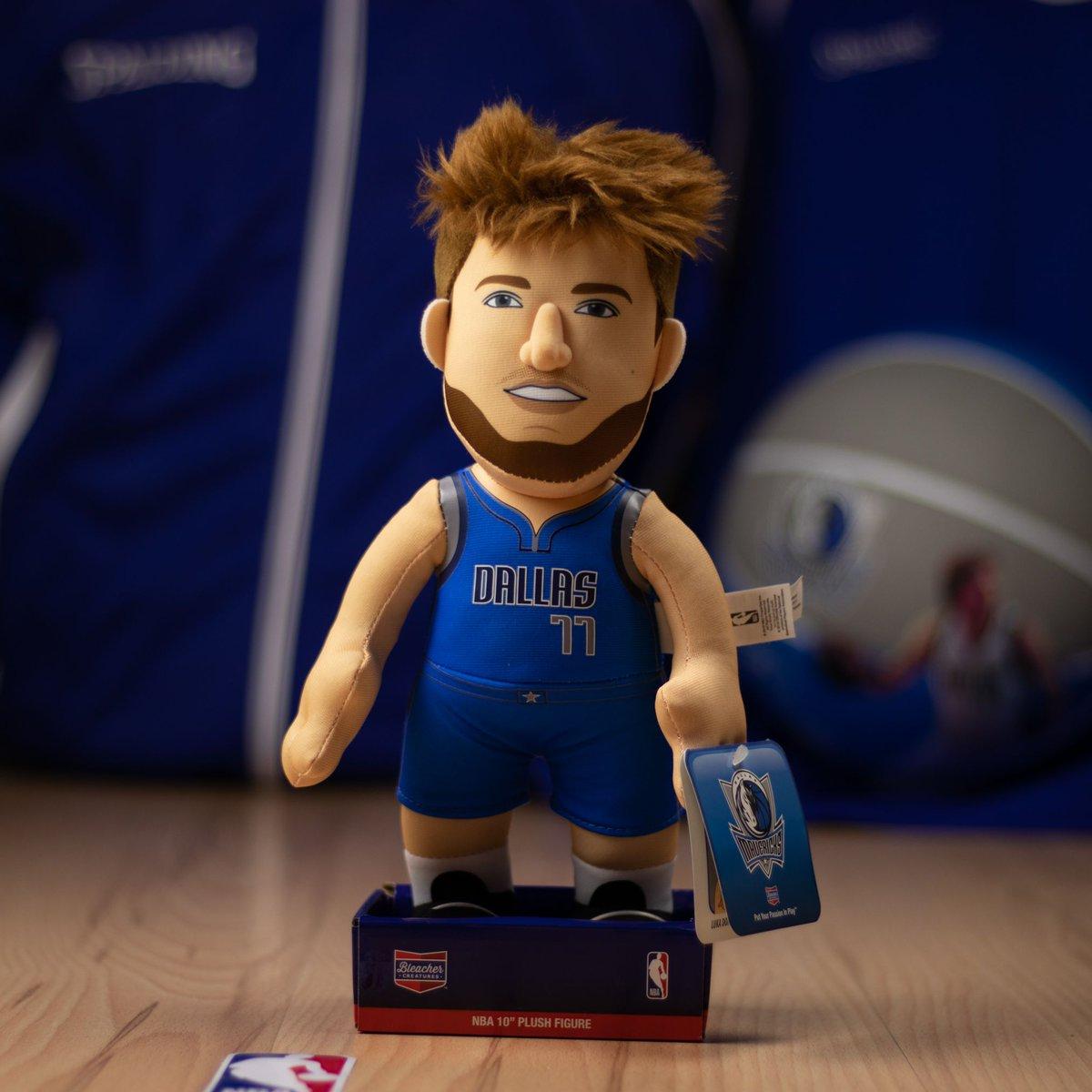 Luka Doncic. Dallas Mavericks. Muñeco peluche. Bleacher Creatures. Licencia Oficial. #BasketspiritMadrid #BleacherCreatures #LukaDoncic #DallasMavericks