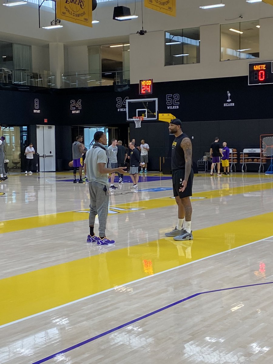 Good afternoon from Lakers practice