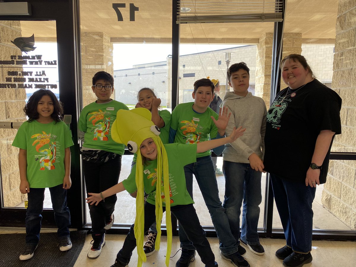 RT BethPeacock314: So proud of our two Bulldog teams for representing today! Thanks InMrsYoungsRoom MrDPeacock enrichrrisd for your support today! IDODI MrSparksLME BluebonnetRRISD HeartOfTXCPSO pic.twitter.com/iazvXcFhES https://twitter.com/BethPeacock314/status/1231320339201822720…