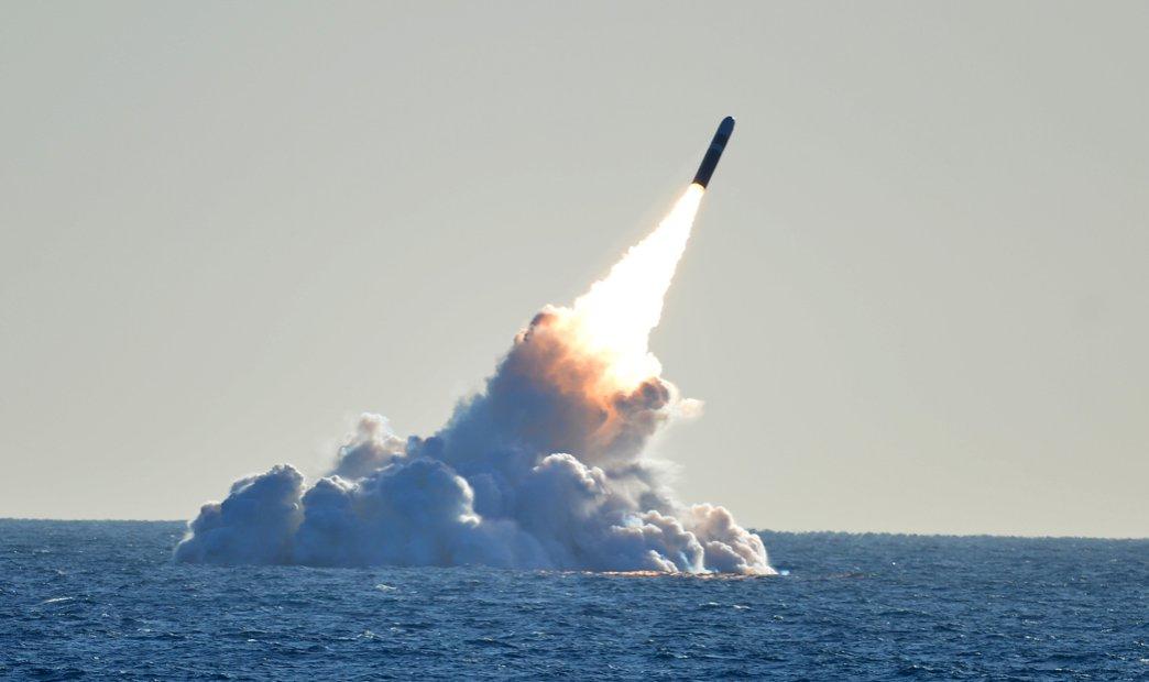 Rússia adverte que a adoção de ogivas nucleares táticas pelos EUA é perigoso