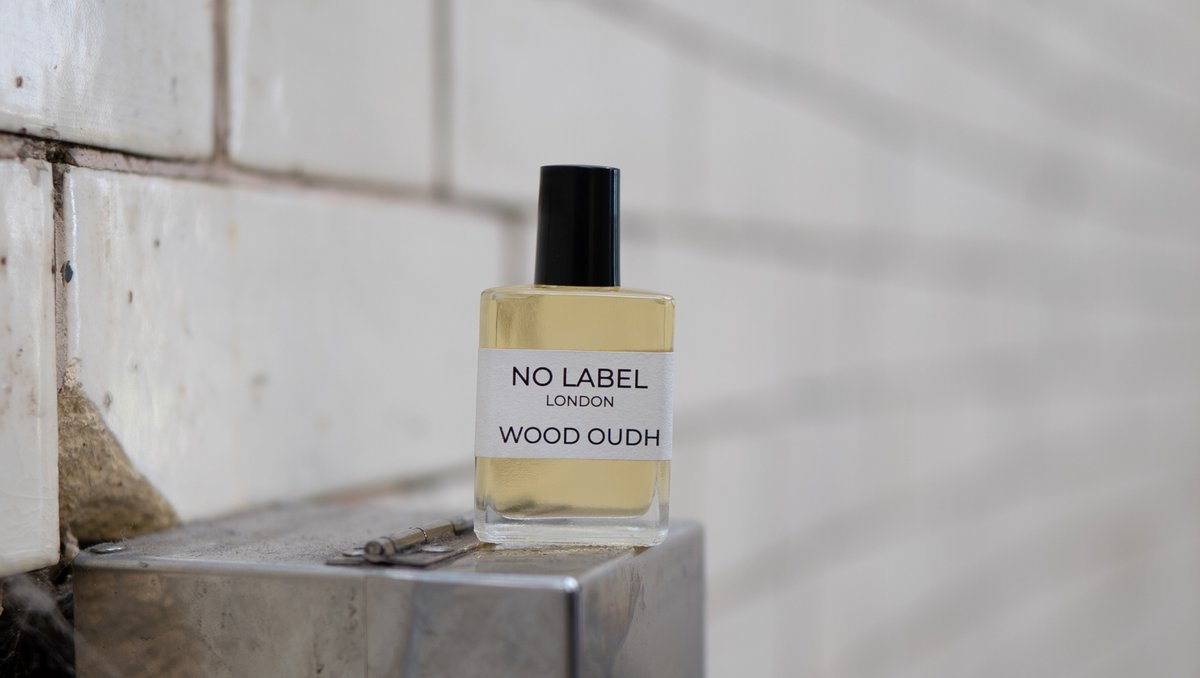 If you don't have good manners, at least wear a good scent  Than you'll be cheeky, not creepy  There's a fine line between the two  #alternative #perfumeoil #smellgood pic.twitter.com/FbShygb209