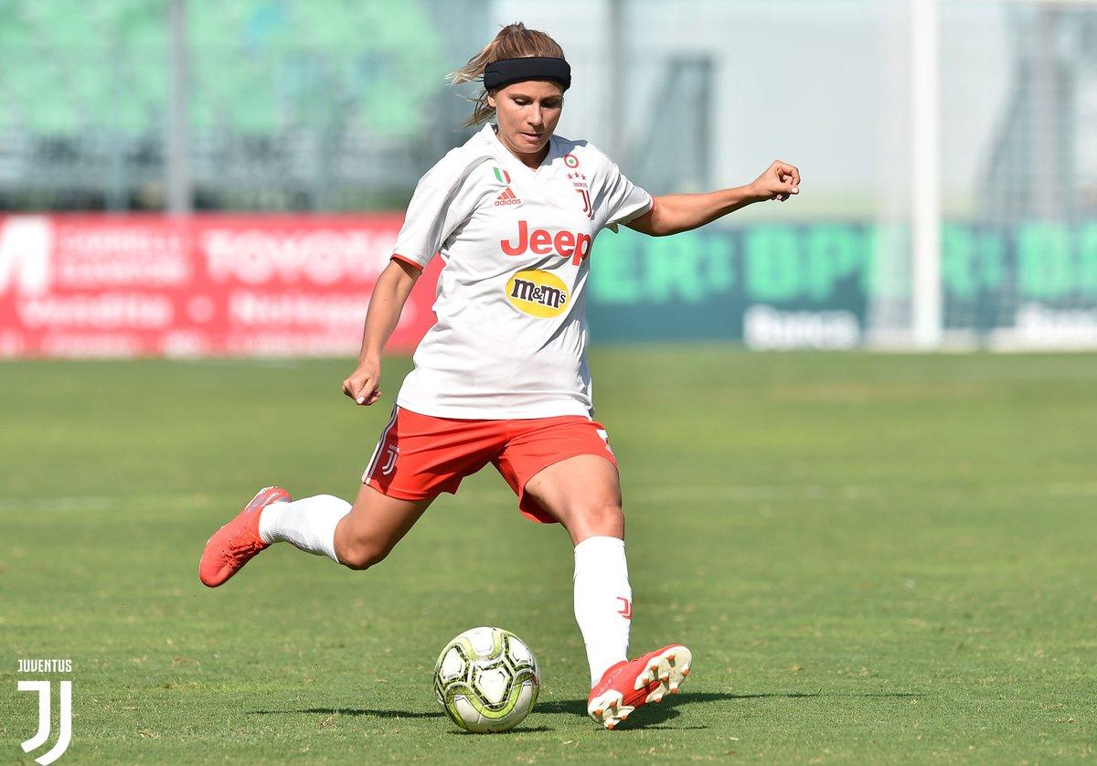 Hellas Verona Women 🆚 #JuventusWomen 0️⃣-4️⃣  Gli highlights dello splendido poker delle bianconere 📽️ ➡️ http://juve.it/51r830qjSdC ⬅️