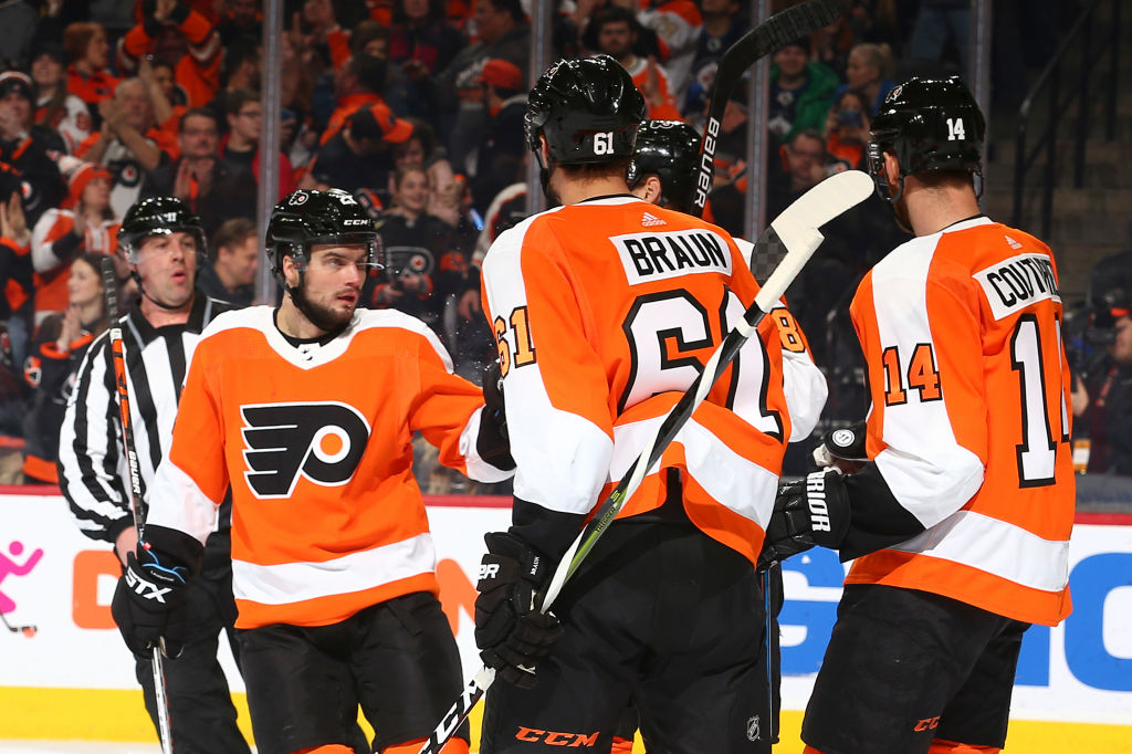 Scott Laughton scored two goals as the #Flyers extended their winning streak to three games with Saturday afternoon's win over the #Jets. RECAP:  #FlyersTalk