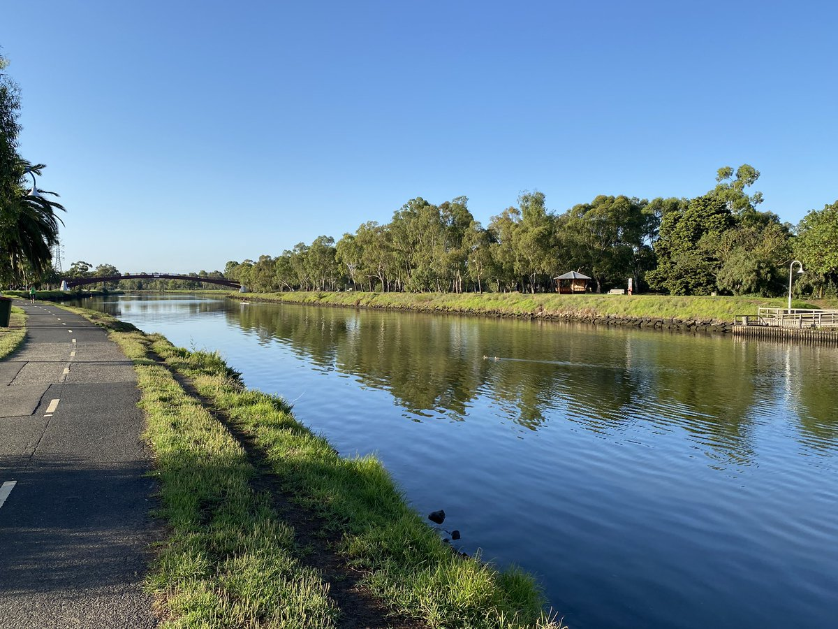 It's so good to be home in Melb AU after living in HK - nothing compares to the beauty of our landscapes <br>http://pic.twitter.com/NO6iN4hfQT – à Maribyrnong River Walking Track