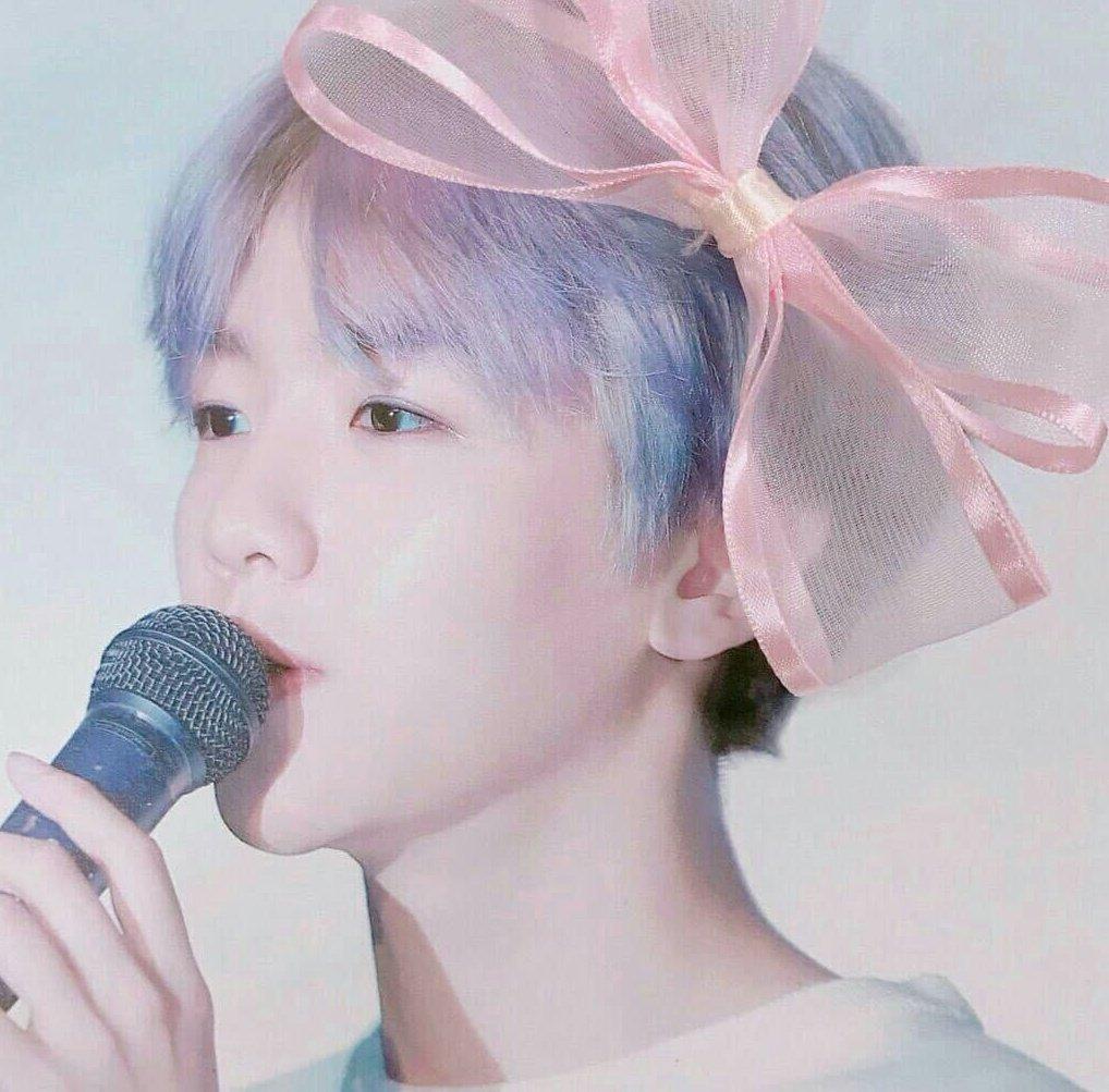 @layzhang @weareoneEXO @B_hundred_Hyun  #EXOpic.twitter.com/AjzCXflBl2