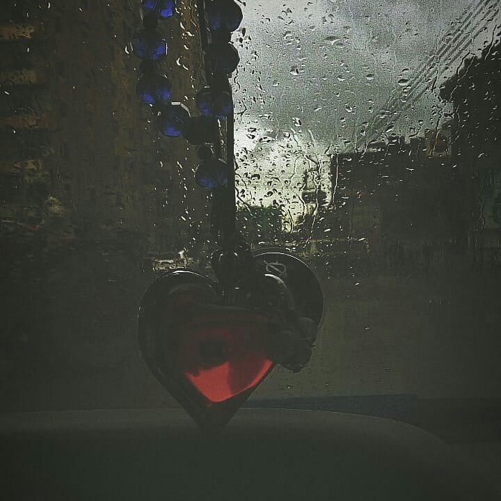 just feel the rains .  #sky #clouds #rains #wateronglasses #glass #anythingelse #photos  #photography #photoofday #photooftheday #edits #explore #nasa #highlights  @photopiacairopic.twitter.com/2X8pmDOFCT