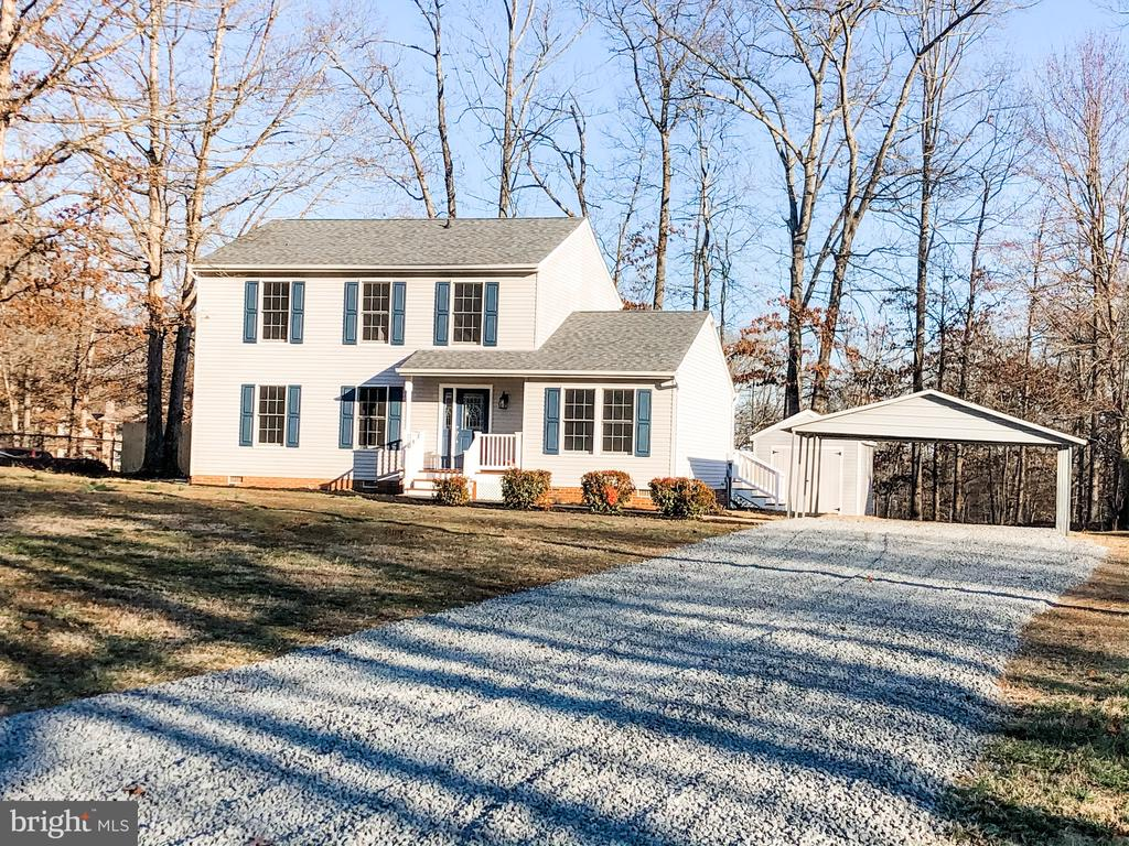 Do you know someone looking for a great #property in #Fredericksburg?   #realestate http://tour.corelistingmachine.com/home/4EX83Epic.twitter.com/HzuoLbWEpS