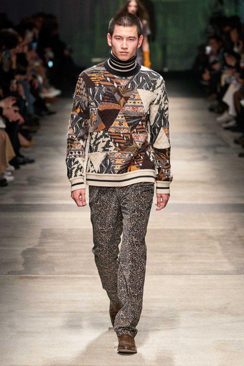 El balance de optimismo y sastrería perfecta fueron parte de la colección de invierno de Missoni en la semana de la moda de Milán → https://buff.ly/2PcYACIpic.twitter.com/Qwu8JImp9g