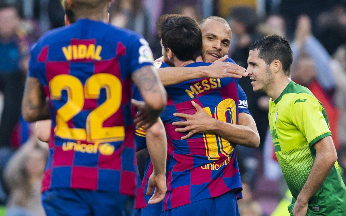 ⚡ HIGHLIGHTS   #BarçaEibar ⚡   ⚽⚽⚽⚽ #Messi ⚽ @arthurhromelo  🔗🎥 http://barca.link/zdtx50ytmVU