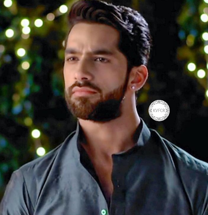 Good morning @itskaranvohra and KV Instafamily.  Wake up , inhale this wonderful air of happiness, smile  to the sun, look out the window and feel incredible inspiration and a huge surge of strength.  May morning set a cheerful and active rhythm for the whole day. pic.twitter.com/IkbPJ1BoZj