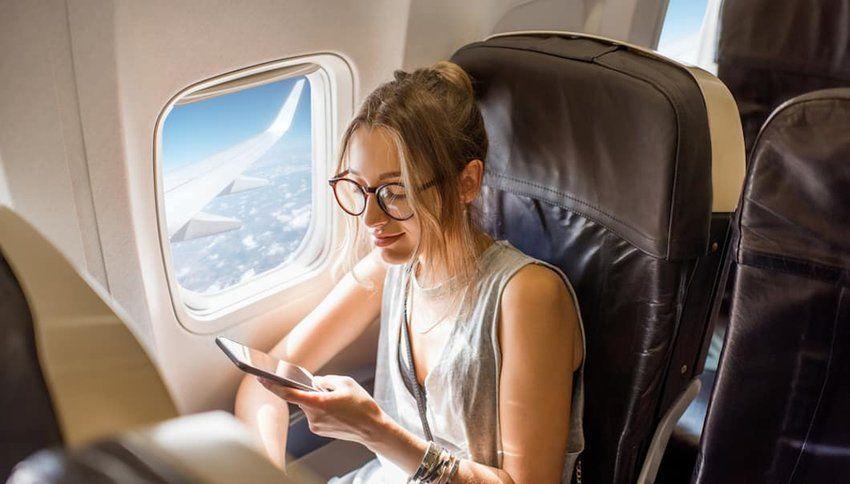 5 Twitter Accounts You Should Follow for Flight News  #Twitter #TravelNews #travel #food #wine #mixology #golf #UndercoverJetsetter #JohnDaly #SusanAnzalone #TravelLikeALocal #TravelLikeARockStar #shotOniPhone