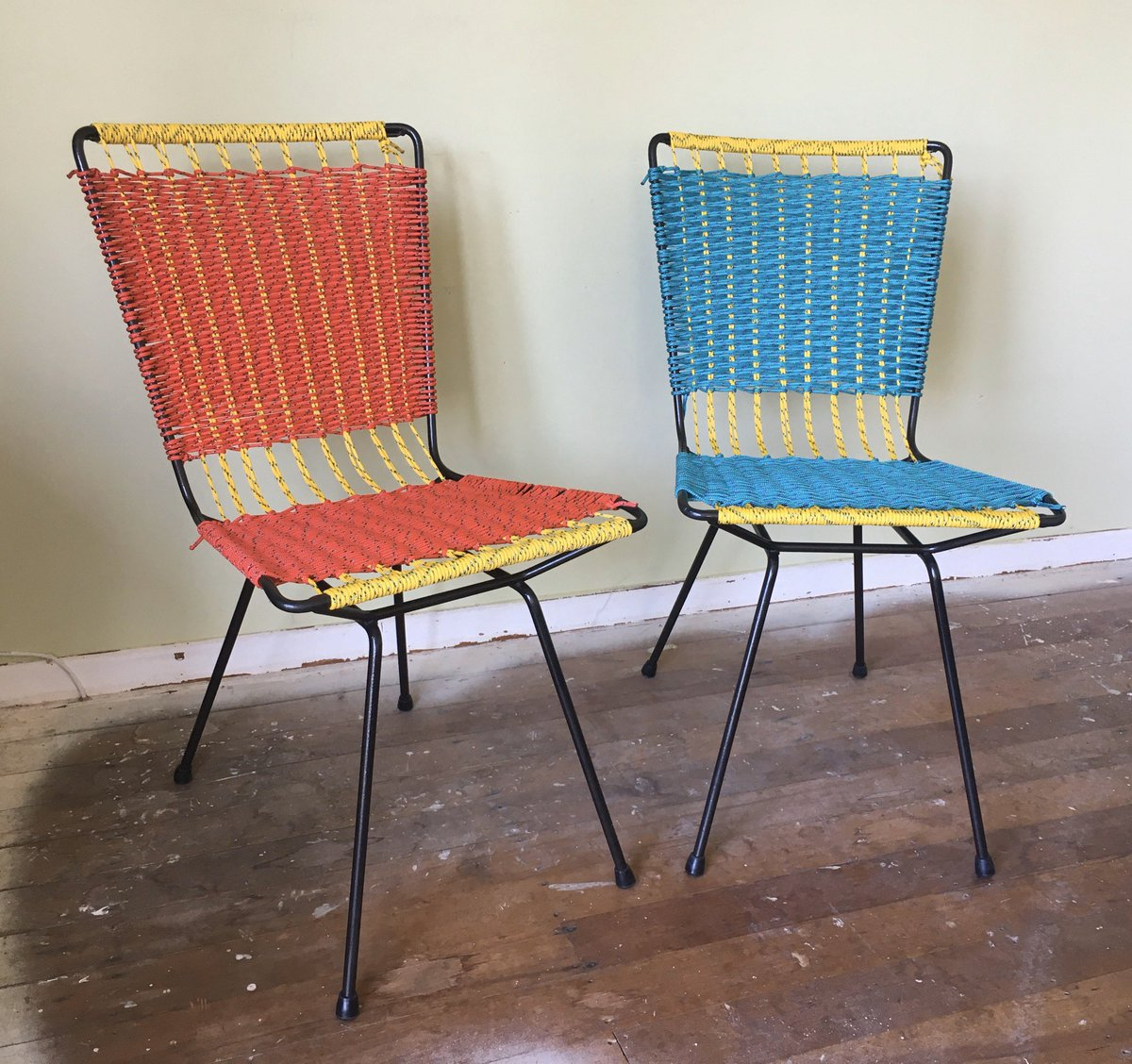 I've just finished upcycling these dining chairs. I don't need new chairs so I'm selling them. Know anyone who wants a pair of cool chairs? (Can make 2 more for a set): https://www.trademe.co.nz/antiques-collectables/art-deco-retro/furniture/auction-2547374416.htm…pic.twitter.com/Kn2SAbRYnD