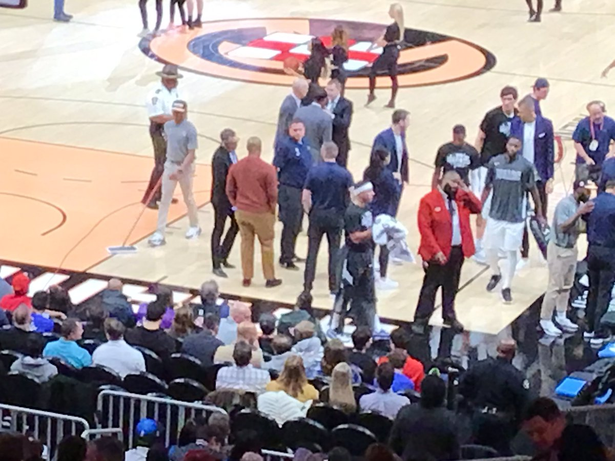 #mavs vs #Hawks Riddle me this Batman. Why is #lukadoncic in his blue suit and not playing @dallasmavs ? #smh #NBATwitter #craziness
