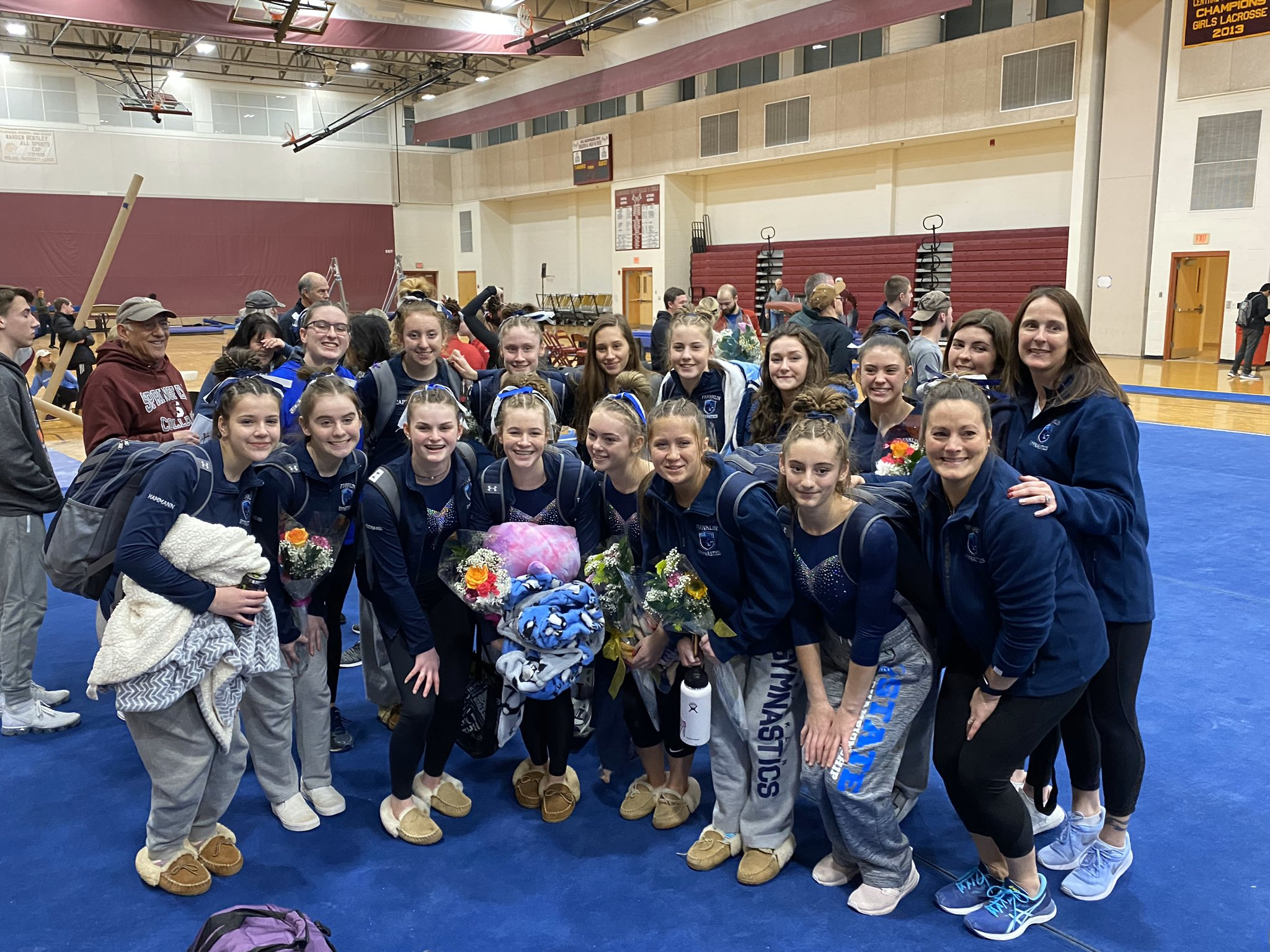 FHS gymnastics team (FHS gymnastics photo via Twitter)
