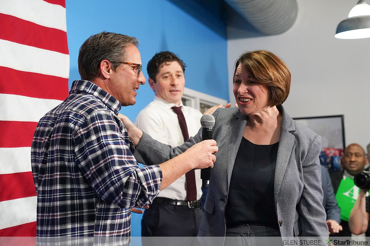 David Wellstone officially endorsed @amyklobuchar as she spoke to Minnesota volunteers tonight