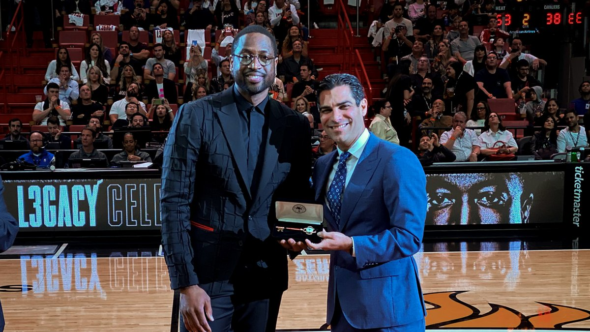 It's official! Saturday, February 22, 2020 is @DwyaneWade Day in Miami-Dade County!   Mayor @FrancisSuarez also gave ⚡️ the key to the city!