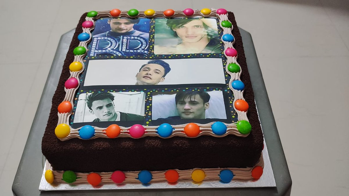 Outstanding Harshit Bhatt On Twitter Special Cake For My Birthday Personalised Birthday Cards Veneteletsinfo