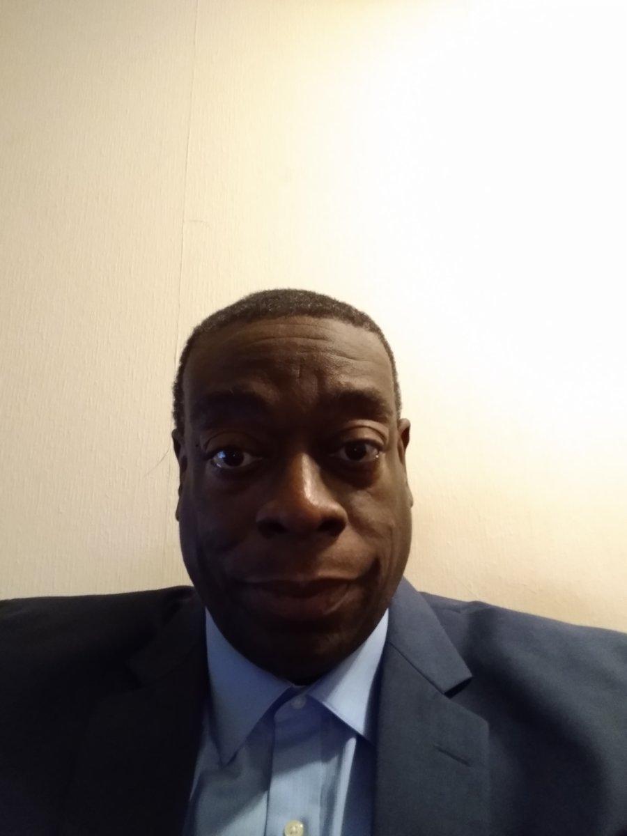 Meet Lorenzo Simmons born November 23 1967.#LorenzoSimmons #Lorenzo #AfricanAmerican #BET #BlackHistoryMonth #NAACPImageAwards #November23pic.twitter.com/H4w5IDL6cK
