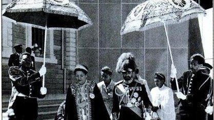 The Emperor & Empress leaving the Cathedral of St. George following the services celebrating the silver jubilee of their coronation. #BlackHistoryMonth2020 #Ethiopia