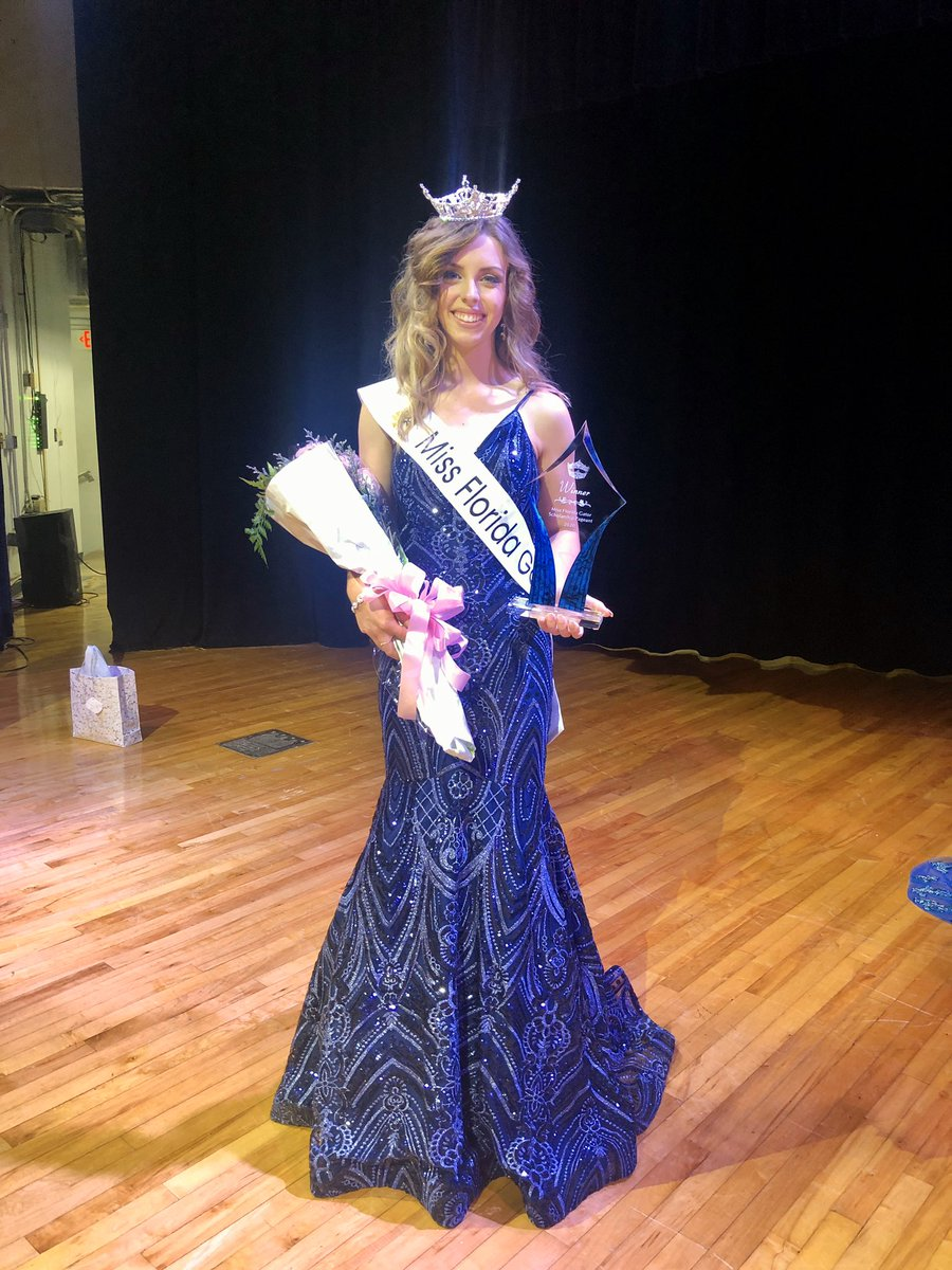 update: I HAVE OFFICIALLY BEEN CROWNED YOUR NEW MISS FLORIDA GATOR
