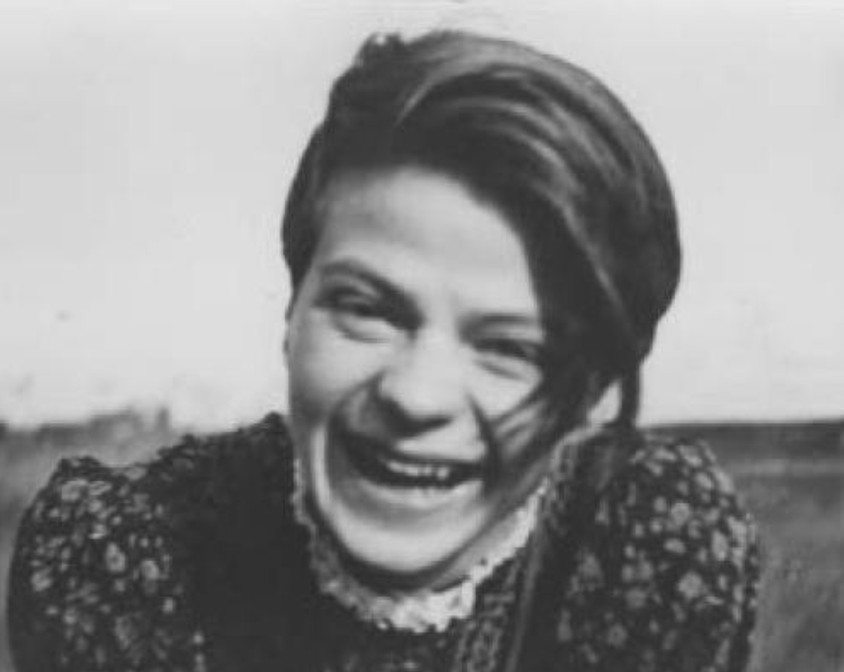 I remember and honor the courage of Sophie Scholl and her brother, Hans, who were both executed on this day in 1943 for distributing Anti-Nazi leaflets. Sophie was 21 years old.