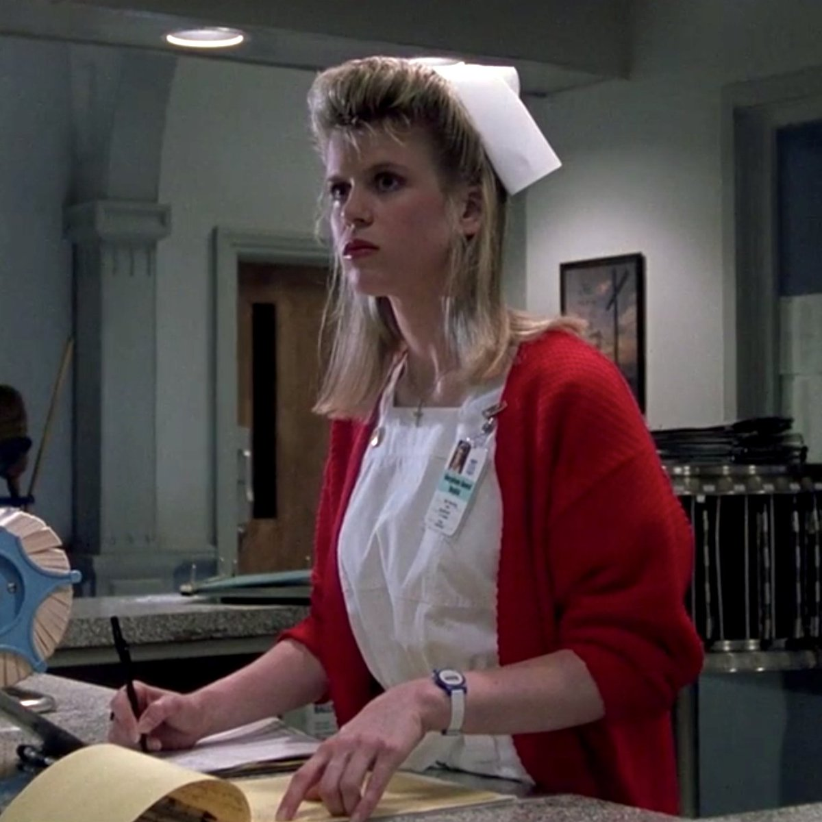 Watching THE EXORCIST III just taught me where Lisa Garland got her look. <br>http://pic.twitter.com/PqwZy7z9ty
