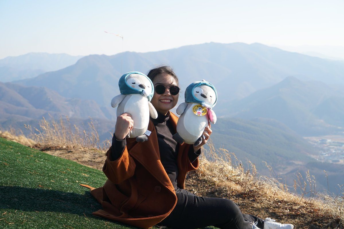 Crash Landing On You's filming location!   I went to one of the most memorable filming locations in CLOY. This is where Yoon Seri did the paragliding scene in the kdrama where she crash landed in North Korea~    PS. Brb, off to North para puntahan si Captain Ri Jeonghyeok! <br>http://pic.twitter.com/c74tdpn7sd