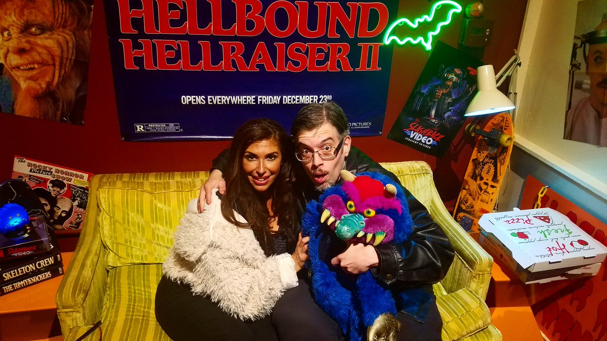 About to have a movie night with my new wife @Felissa_Rose I won her in a big brawl. Video coming soon. #newhubby  #felissarose #movienight #WETMOVIE1 #goodtimes #vlogger #hellraiser #mypetmonster #follow #alllove #like #sleepawaycamp #80s #90s #horrorjunkie #horror #collectionpic.twitter.com/YfxFbCfi1f