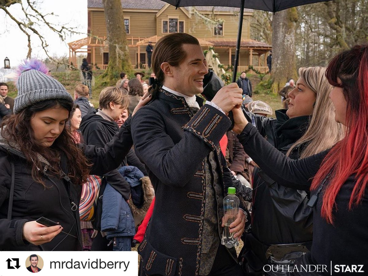 We do love those BTS photos. This one is from #davidberry IG account #Outlander