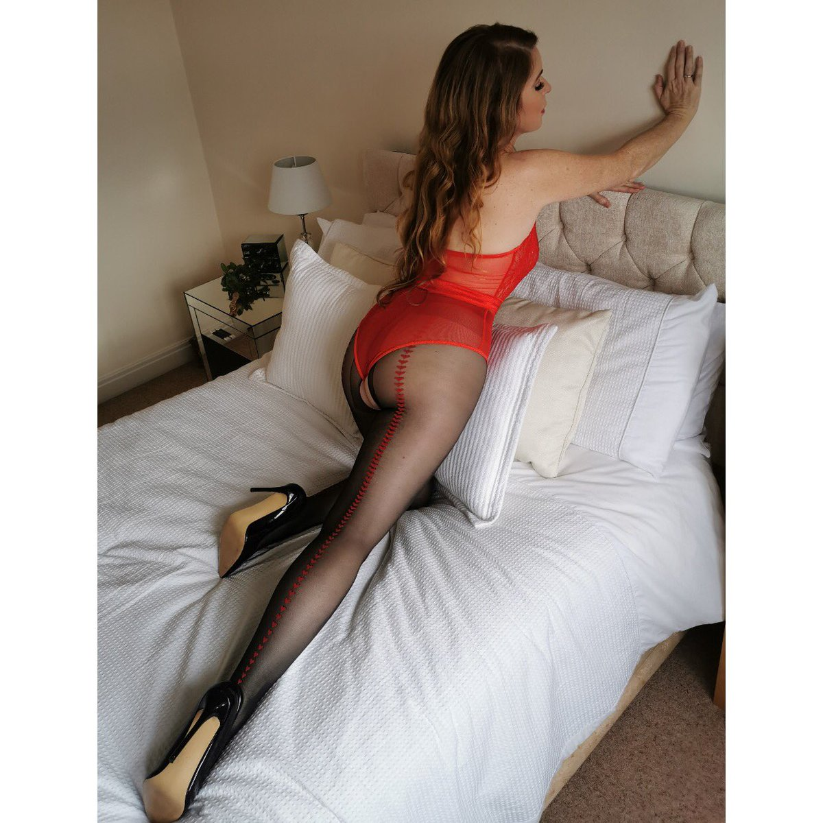 #happysunday ❤️❤️ @sharonjanney wearing Miss O's P112, stunning. Check out her insta 😍 #pantyhose #holdups #nylons #instafollow #instagramcollaborator #instacollaborations #regram #repost #instagirls💋 #sharonjanney @SharonJanney