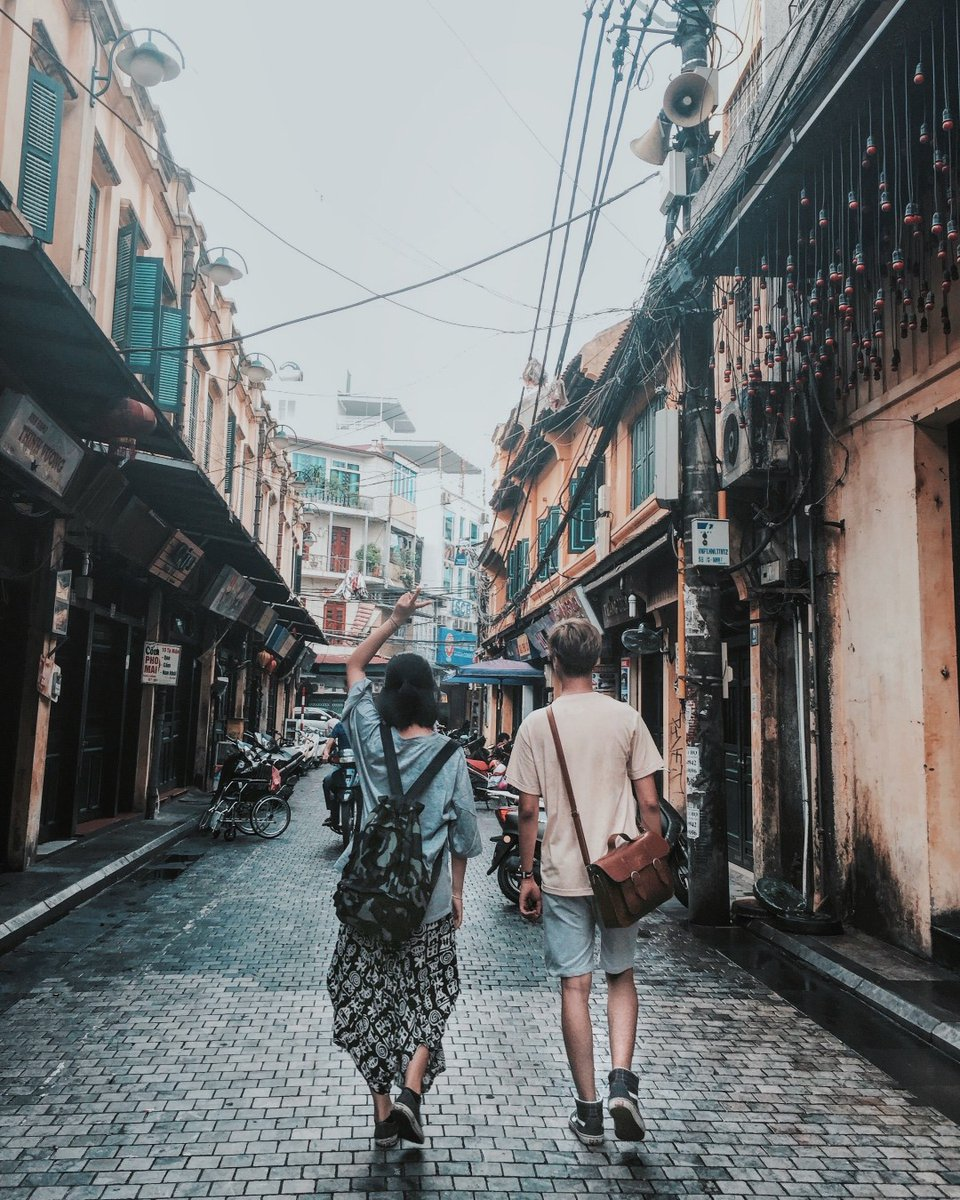 #Hanoi is one of the biggest city in #Vietnam. And there is no doubt that you need more than a one-day plan to exploring this old city.   What to do in Hanoi? Let's find out with #YourVietnam!  #travel #travelblogger #whattodo pic.twitter.com/uh7Ad658A9