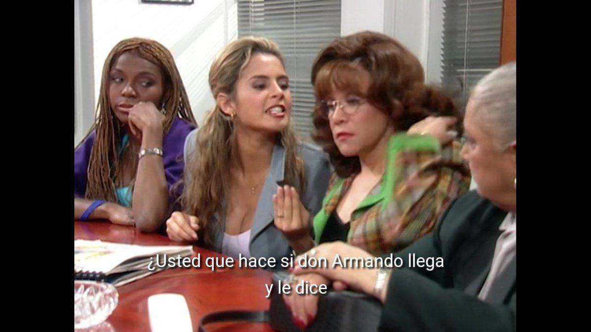 Yo no sé Sofía, pero yo me iría de cabeza con el triplepapito de Armando #bettylafea https://t.co/4TiUtqnABb
