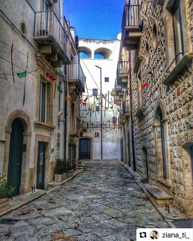 @ziana_ti_ with @puglia.love @_pugliagram_ ・・・ - Carnevale -  ____________________________ #borghitalia #borghi #borghi_photogroup #borghipugliesi #borghimedievali #borghiviaggioitaliano #borghi_italiani #borghi_autentici #borghidascoprire #travel #puglia #borghimedioevali #…pic.twitter.com/anEJf1R329