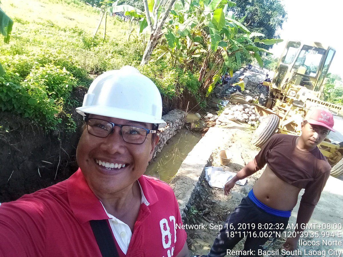 #smile #selfie #engineer #civilengineer #work #construction #friends #build #builder #goodvibes #heavyequipment #friends #happy #instagood #photooftheday #fashion #beautiful #happy #beastmode #fitness #lakers #lakeshow #workinprogress #mvf88 #goodvibes