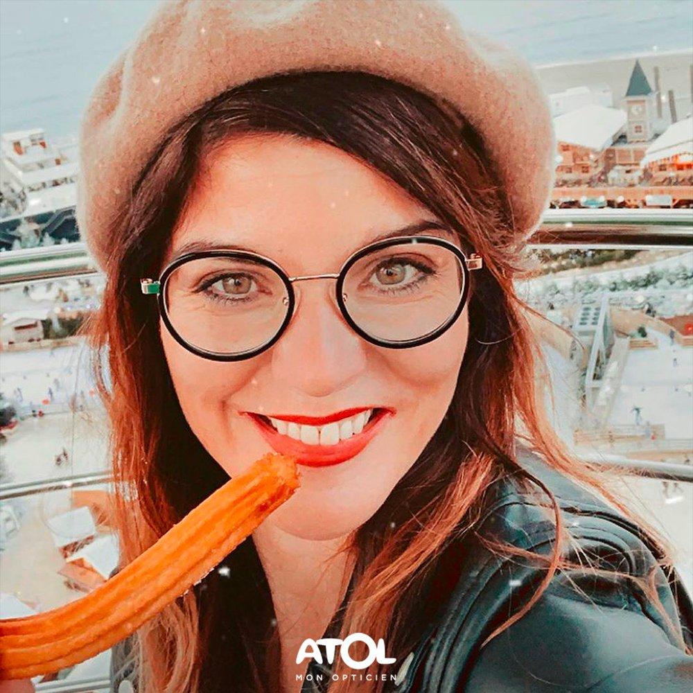 Croquez la vie à pleines dents avec Atol ! 🙃 📷 @bycoralieblog  #Atol #Lunettes #Smile #Girl #Fun #Happy #Fashion