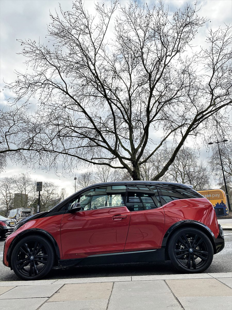 Save in every mile. The BMW i3s finished in Melbourne Red with highlight Frozen Grey metallic.  Click here: https://bit.ly/2jZRmpm  to arrange a test drive*  *Test drive subject to status and availability.  #bmwuk #bmwgroup #london #hydepark #sustainability