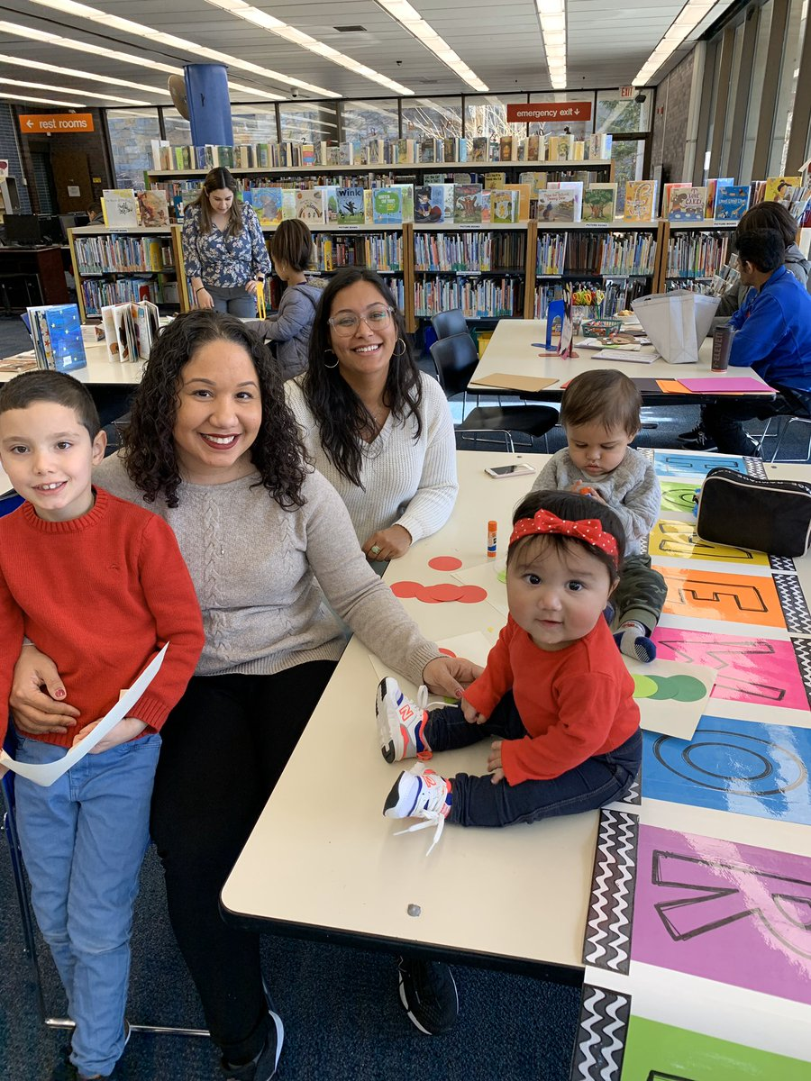 Muffins with Mom takes place every month at the Library. Next date is Saturday, March 28 at 11am. Story time and craft for moms, abuelas, and kiddos.  #mommytime #storytime #publiclibrarypic.twitter.com/tMrKWH6fHf